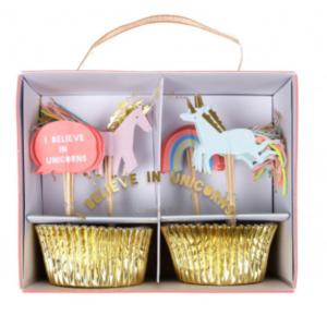 set cupcakeI believe in unicorns